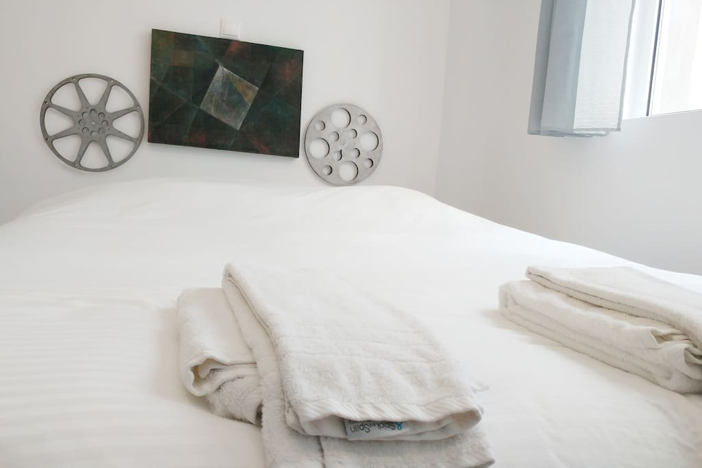 Fresh and clean linen and towels.