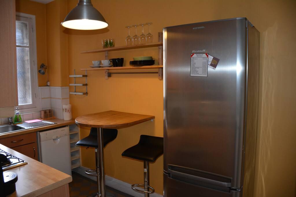 Charmant appartement au coeur de paris appartements - Charmant apprtement masthuggslidengoteborg ...