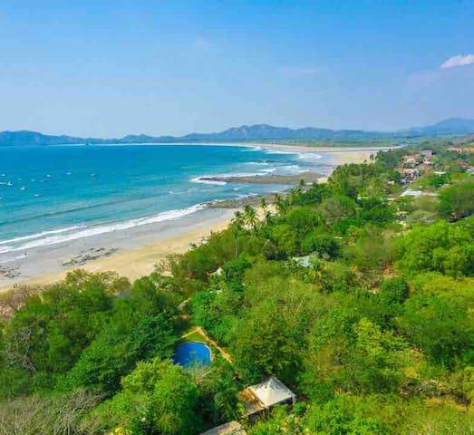 OCHO Suites- Playa Tamarindo