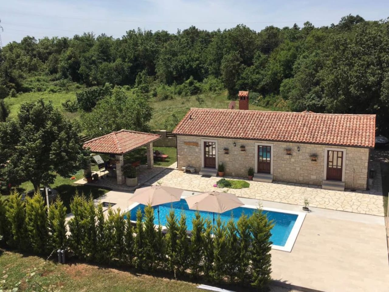 House Edi for 4 people - LARGE private pool 4x9 meters