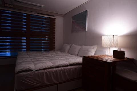 Azzi's Cozy House : ) #06 서면