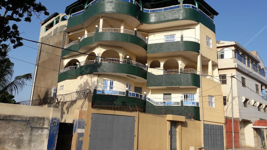 Airbnb Agbalepedogan Vacation Rentals Places To Stay