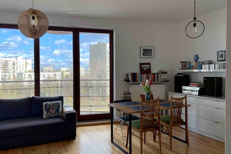 Jasny i przestronny apartament na Dolnym Mokotowie