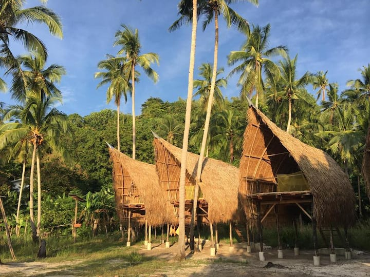 Isla - Elevated Bamboo Hut with Seaview 4