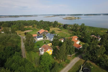Charming house 300m from the sea - Åsa