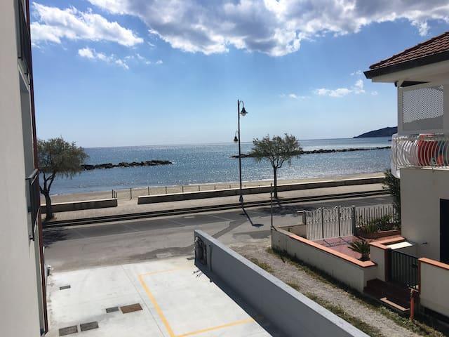 Aria di Mare, Appartamento fronte mare - Casal Velino - Apartment