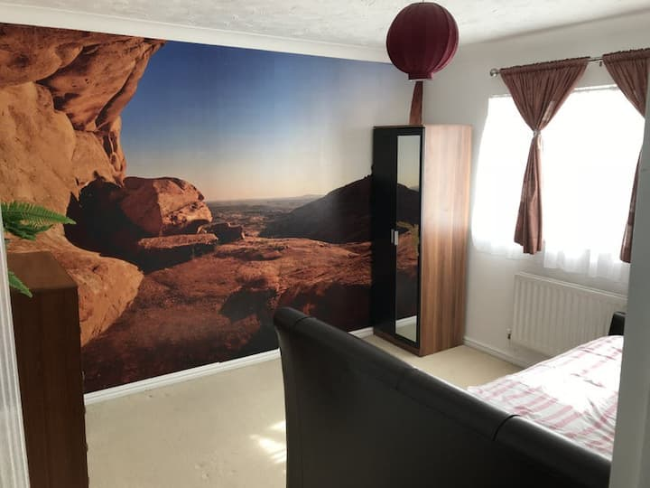 Double ensuite room. B & B near London & Stansted