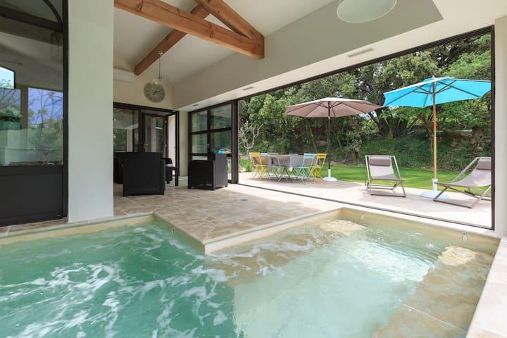 """""""A Cla Vi est belle"""" ! piscine intérieure chauffée"""