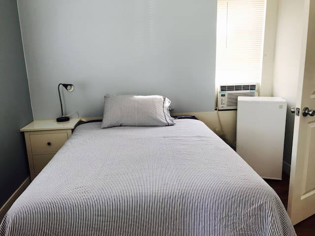 Private Studio 1br+1bath - Los Angeles - Huis