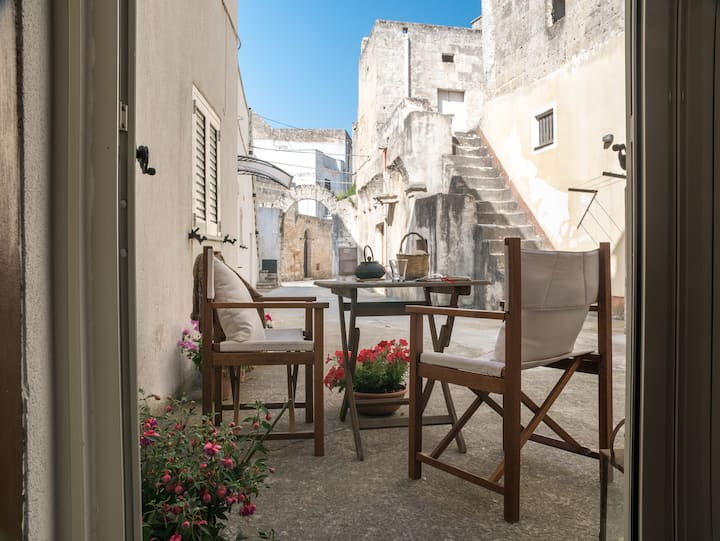 Suggestiva casa a corte in borgo del Salento