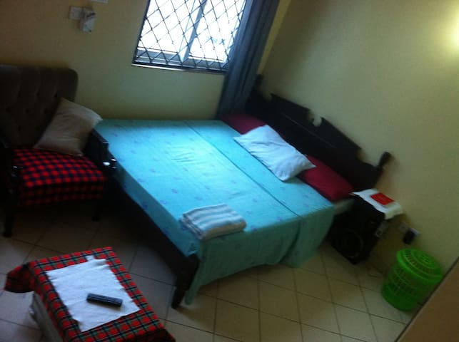 LOVELY Home with and African Taste. - Mombasa - Apartment