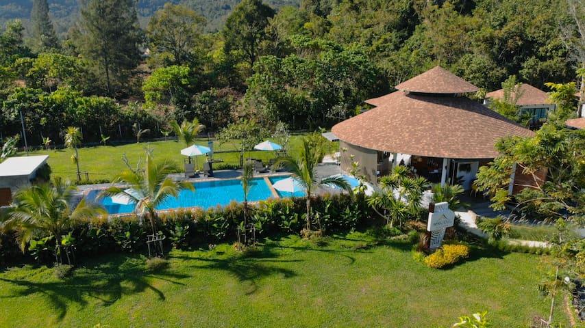 Eco Villa for 2 persons+ big salt swimming pool