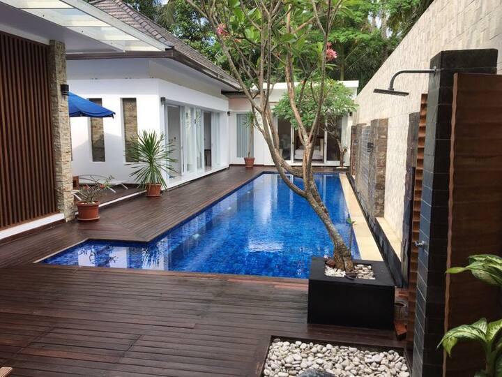 Villa Sophia - Luxurious Private Villa in Senggigi