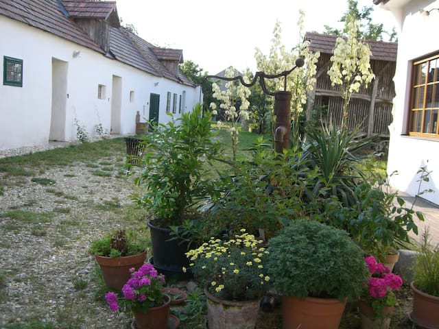 Am Ziegenhof - burgenländisch Wohnen