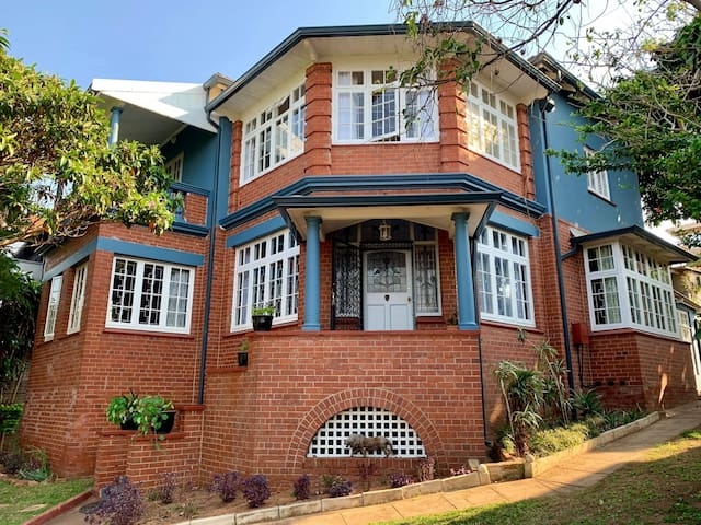 Elegant 1920's Durban home with city harbour view.