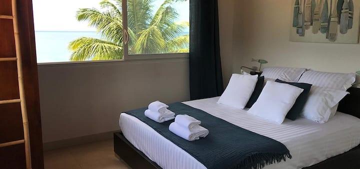 Chambre dans villa, accès direct plage Grande-Anse