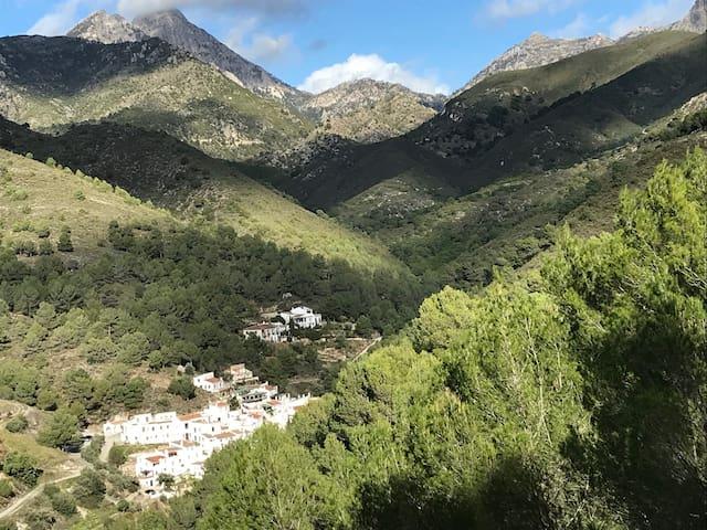 Cottage in The Lost Village EL Acebuchal
