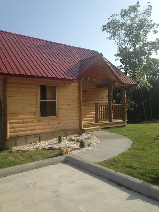 Fishermans lodge cabin in branson cabins for rent in for 7 bedroom cabins in branson mo