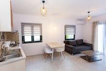 kitchen-dinning room-living room