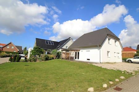Ferienhaus bei Travemünde - Dassow