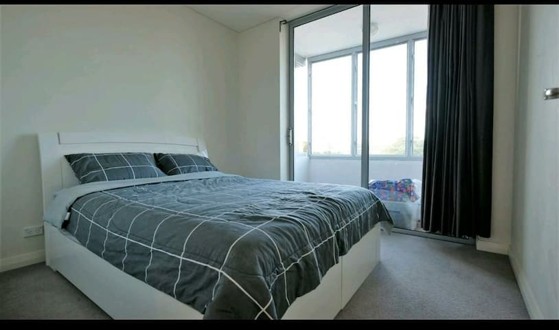 Centrally located beautiful private bedroom
