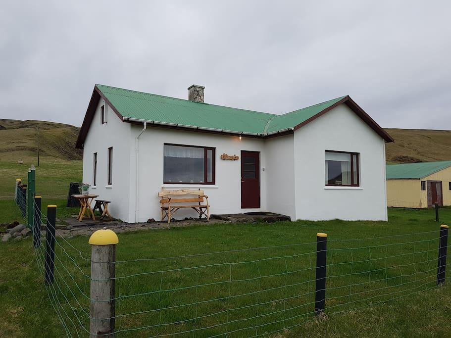 Charming old farm near skaftafell national park casas en alquiler en kirkjub jarklaustur - Casas en islandia ...