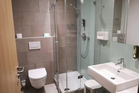 Hotel-Gasthof Graf (St. Poelten), Doppelzimmer mit kostenfreiem WLAN