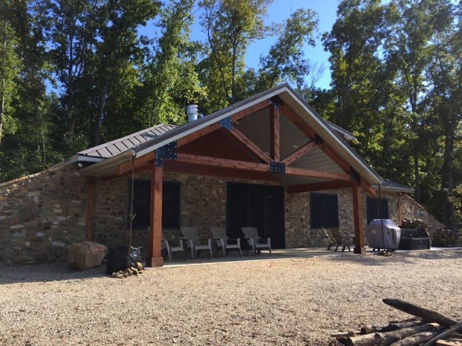 The cabin at black river view cabins for rent in redford for River view cabins