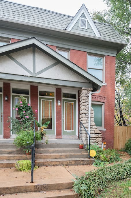 Tower Grove Retreat Private Bed Bath Townhouses For Rent In St Louis Missouri United States