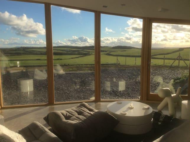 Stunning Barn Conversion - Rhyd-wyn - House
