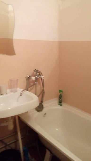 Фрагмент ванны