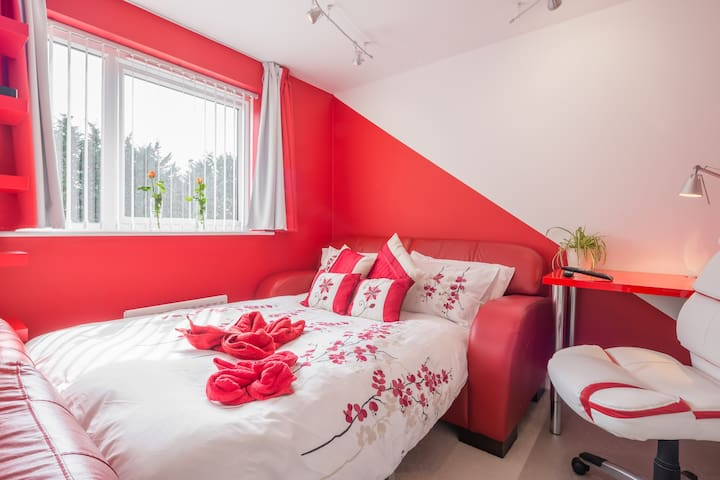 Unique room décor - you'll love it - Milton Keynes - Casa