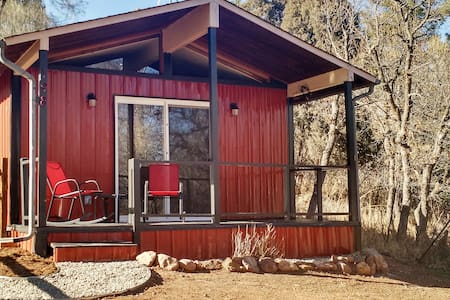 Modern Cabin Close to Everything - Manitou Springs