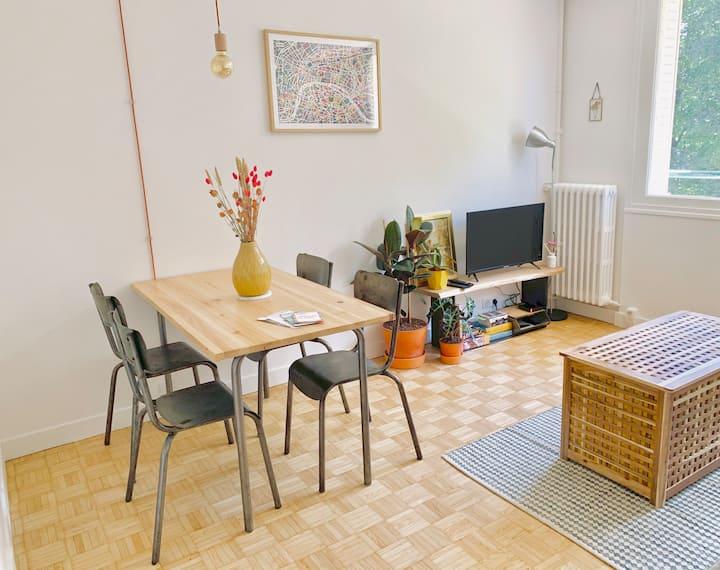 Bel appartement lumineux à 15 min de Paris