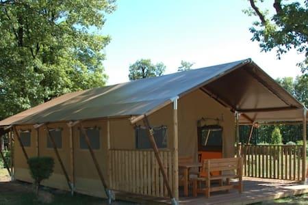 Luxurious Safari Tent - Heiderscheid