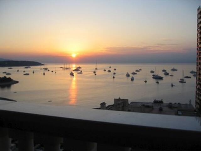 MC GPF1:top luxury,seaview,central,sleeps 5+,150M2