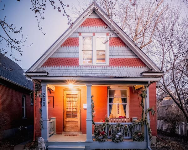 Charming Victorian Home - Single Bed/Private Bath