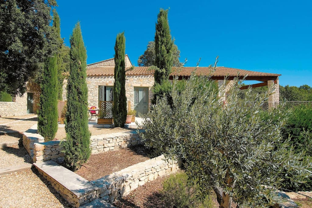 tmpFF3E_location-gordes-reside