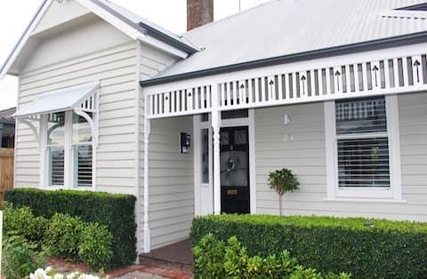 Hideaway Cottage Geelong West