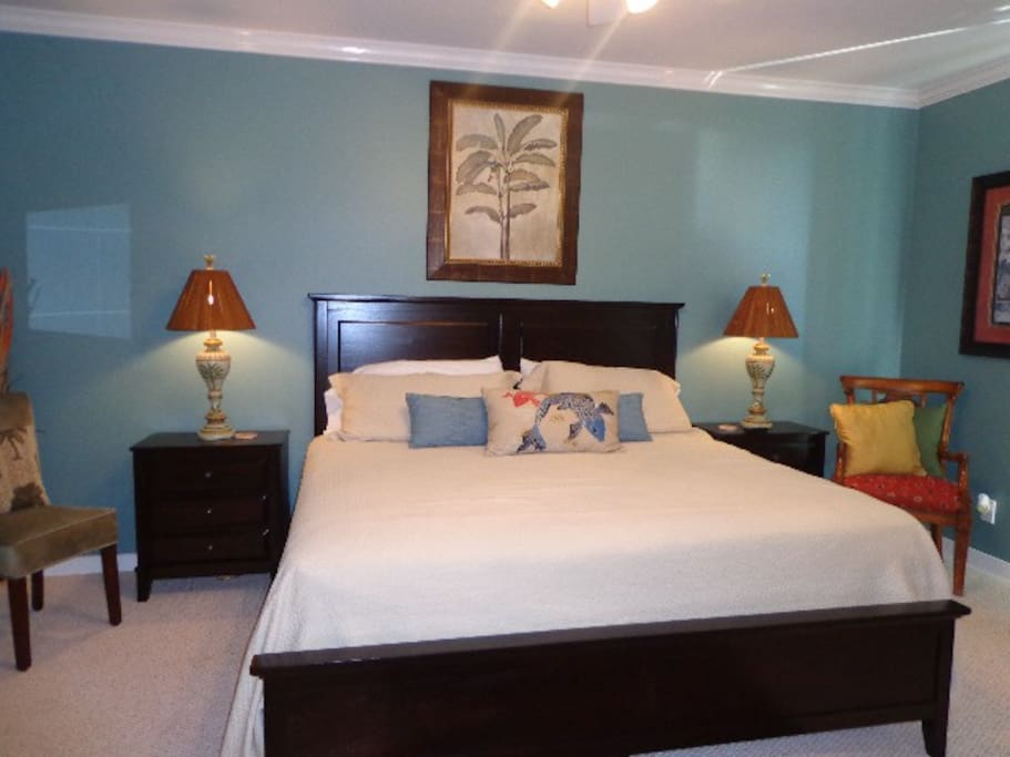 DI Beach Club 202-Master Bedroom