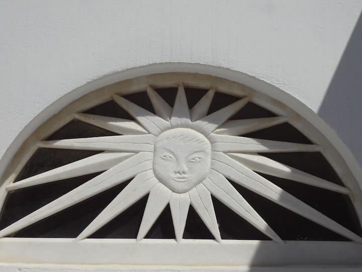 Pyrgos/The house of the Sun