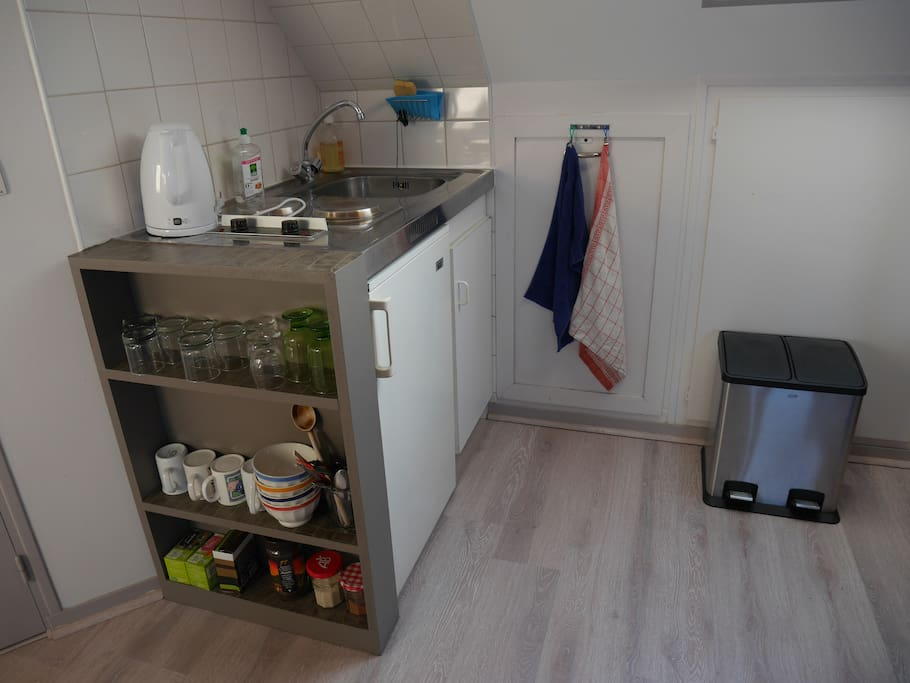 Le coin cuisine / kitchenette