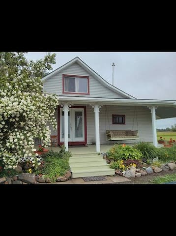 The Heartrock Vacation Rental - Prince Edward - Flat
