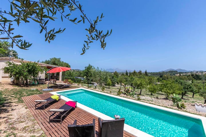 Villa Greta, cosy house, private Pool, A/C, WIFI