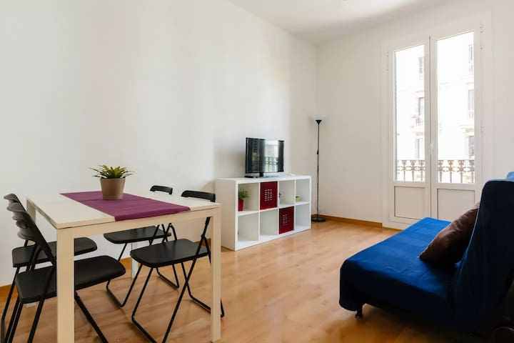 Balmes central apartment