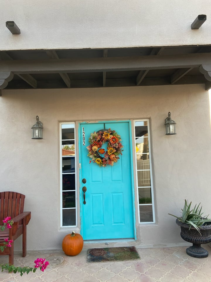 Beautiful Adobe Santa Fe Style Home!!