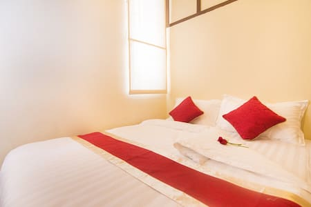 Magnificent stay in Deluxe Double - Yangon - Bed & Breakfast