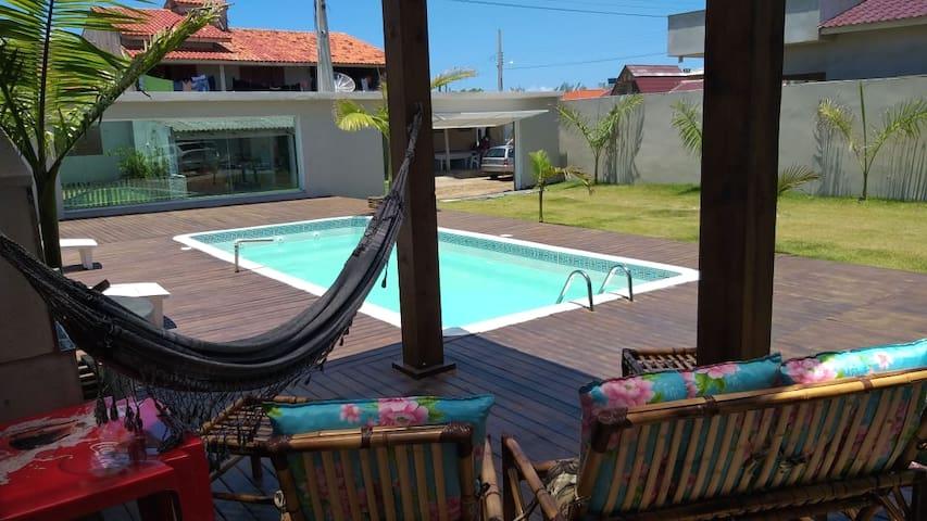 casa com piscina proximo a praia