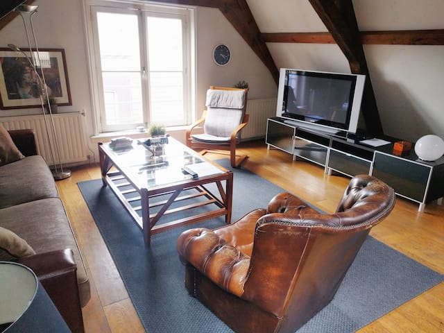 Stay in an Amsterdam Monumental Apartment