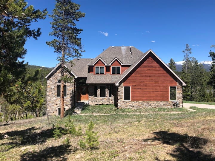 Luxury Mountain Home ~ Close to Golf Course